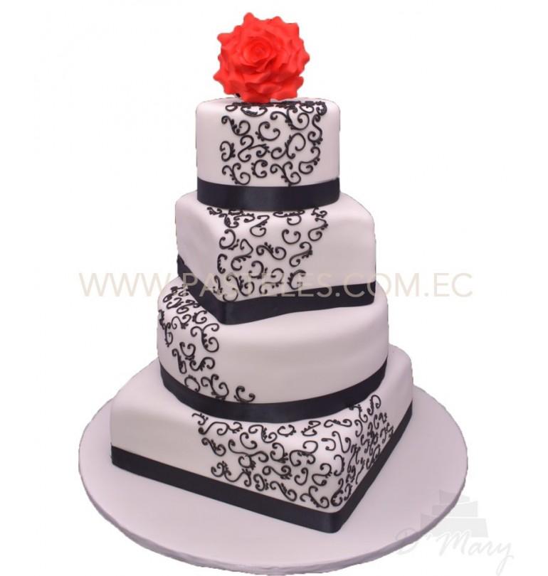 Pastel Blanco y negro 4 niveles